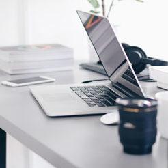 Bureau partagé et coworking en tiers-lieu